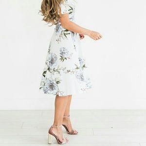 Dresses - NWOT White Floral Midi Dress